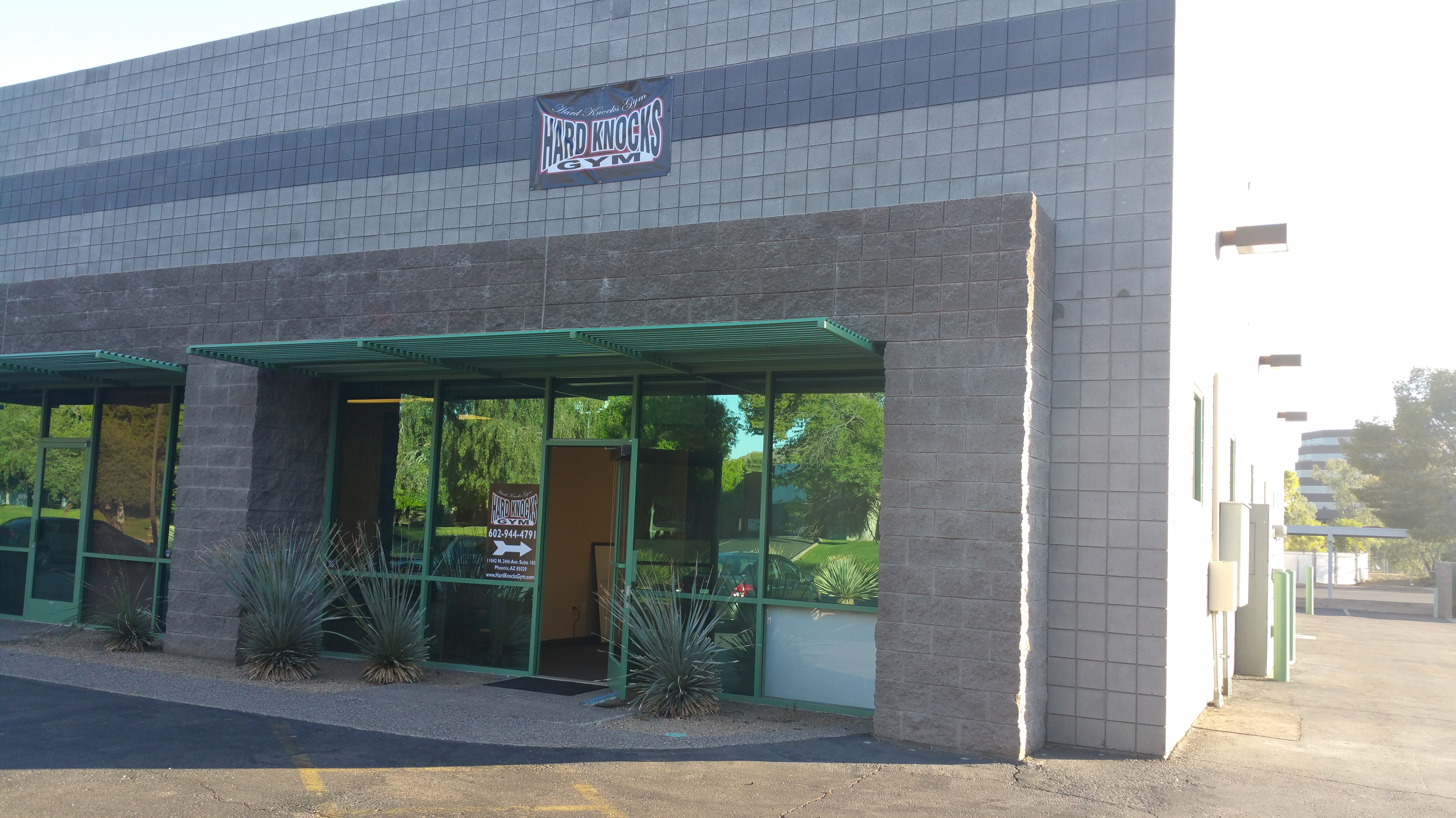 Our building at 11042 N. 24th Ave. suite 105 Phoenix, AZ 85029